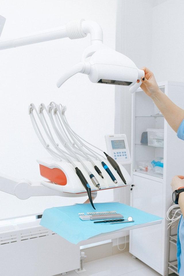 Implantologia-dentale-a-Legnano